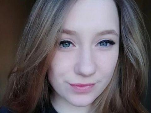 O fată de 15 ani s-a dus la culcare, dar le-a ascuns părinților un secret groaznic. După câteva ore, au găsit-o moartă în pat. Ce făcuse adolescenta