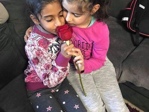 """Sorina, fetița adoptată în America din Baia de Aramă, a transmis un mesaj video pentru asistenții maternali: """"Dacă nu mai spuneţi prostii, o să venim la voi în vizită"""""""