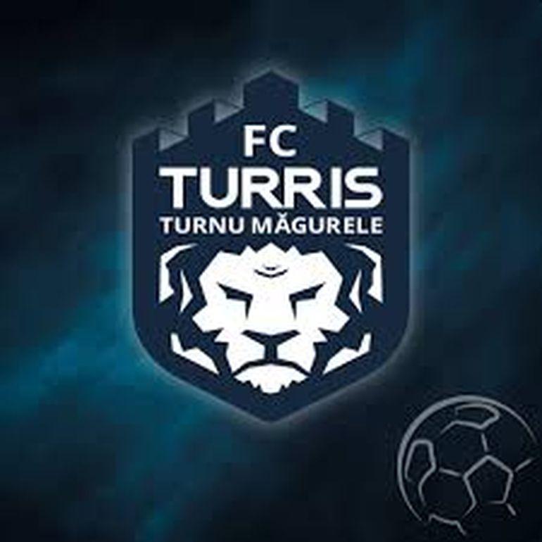 """Șoc pe stadion! Echipa de fotbal a lui Dragnea, călcată de mascați! """"Au venit câteva dube după antrenorul lui Turris"""" EXCLUSIV"""