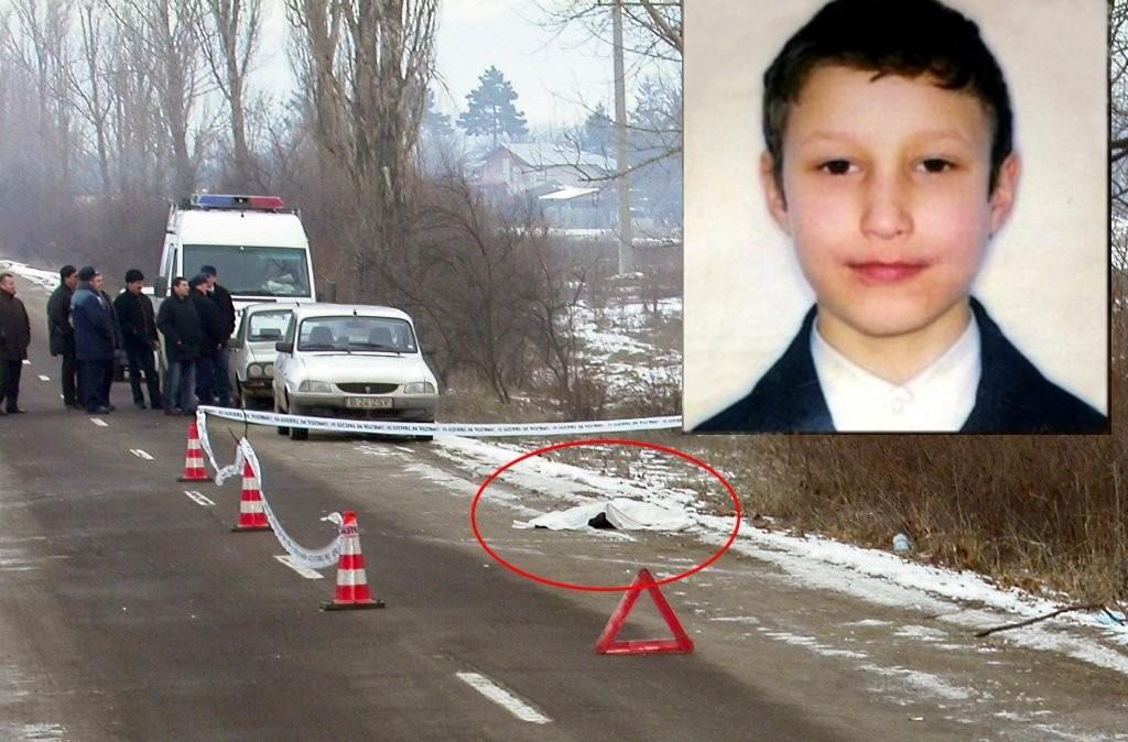 Copil de 11 ani găsit violat și ștrangulat pe un câmp din Ciolpani