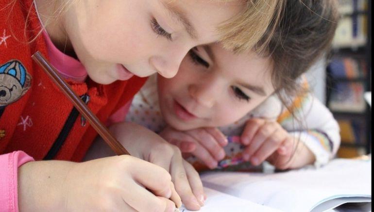 Ministrul Educației, anunț pentru părinți și elevi! Ce se va întâmpla cu clasa pregătitoare: se desființează sau nu?