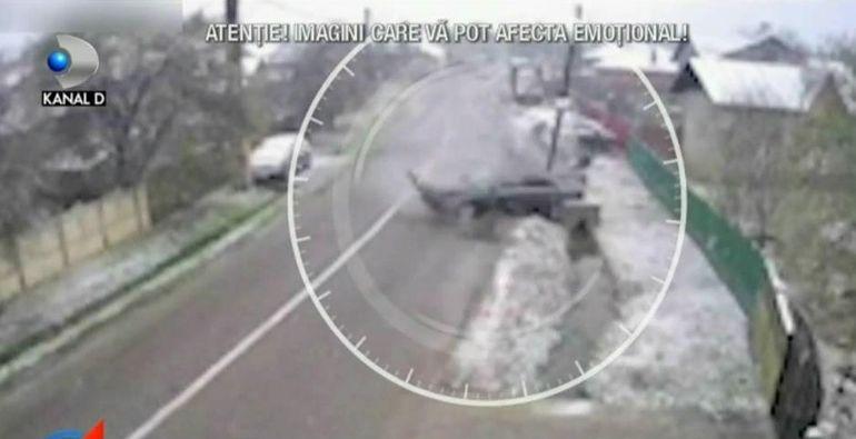 Iarna își arată colții. Poleiul face victime pe șosele și meteorologii vin cu vești proaste