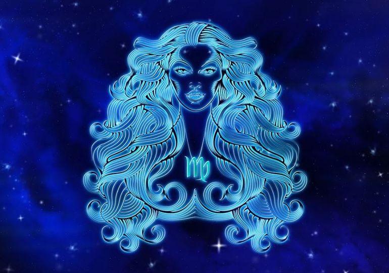 Horoscop FECIOARĂ decembrie. Succes garantat pe plan sentimental și profesional