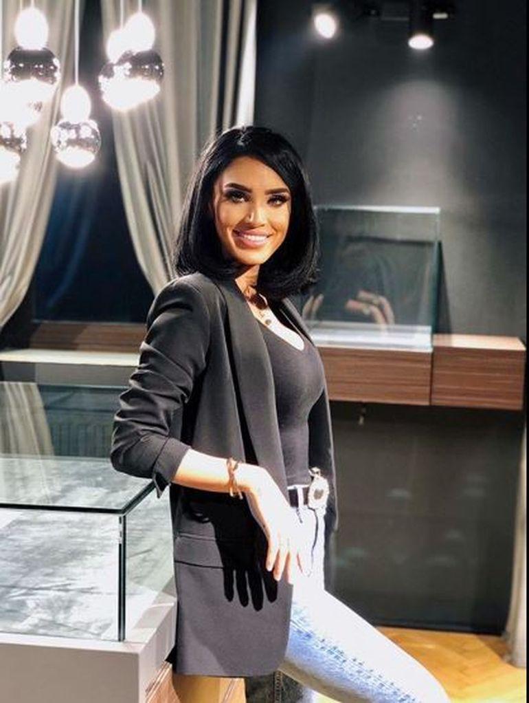 """Zvonul despre Adelina Pestrițu care i-a înnebunit pe fani: """"Ea va prezenta emisiunea"""""""