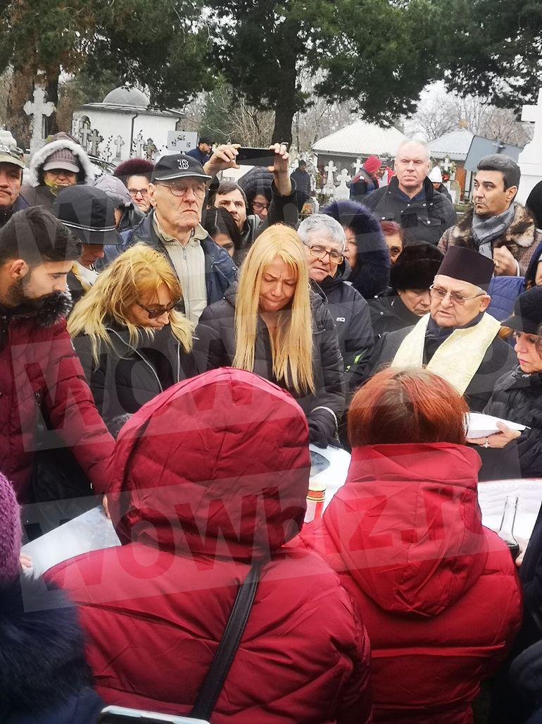 Cât a costat, cu adevărat, înmormântarea lui Cornel Galeș! Suma este astronomică
