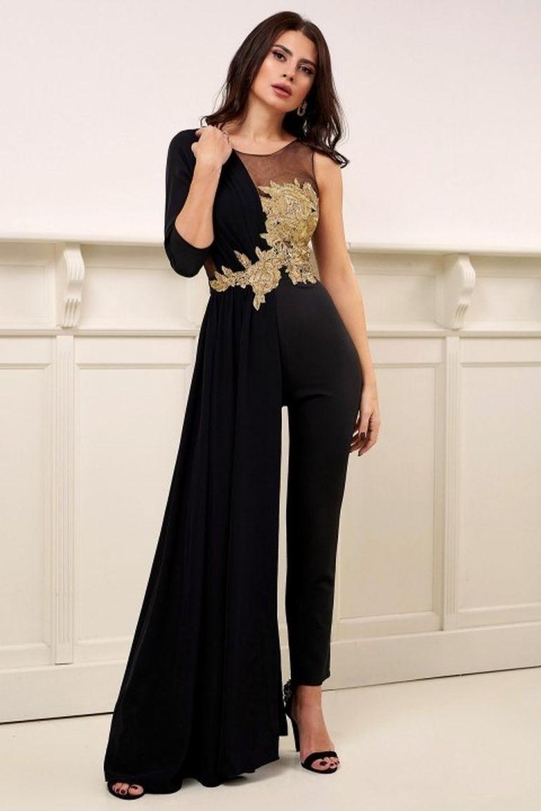 Te-ai plictisit de rochii? Incearca una dintre aceste trei salopete elegante!