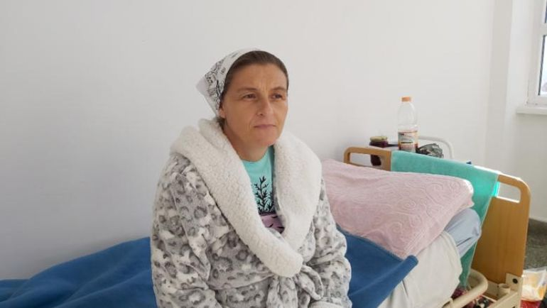 """Ea este mama cu cei mai mulți copii din România. La 42 de ani are 20 de copii și spune că nu se va opri aici: """"Dacă Dumnezeu îmi mai dă copii, nu îi oprim"""""""