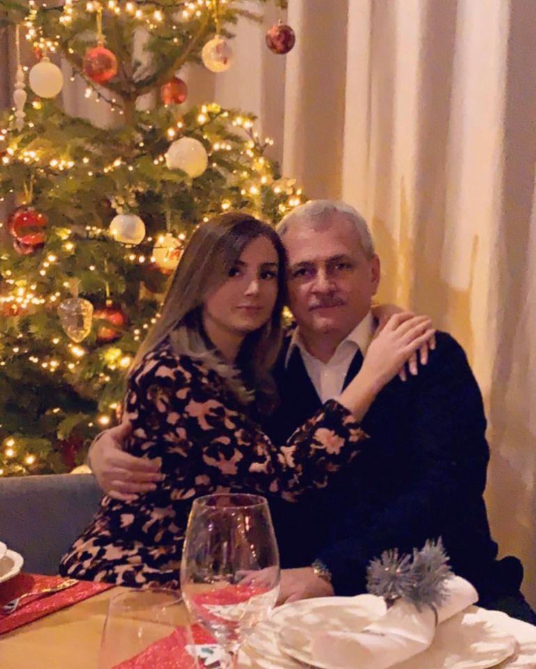 Iubita lui Liviu Dragnea s-a vopsit blondă degeaba! Irina Tănase şi-a schimbat look-ul cu speranţa că Dragnea va fi eliberat din închisoare, dar acest lucru nu s-a întâmplat!