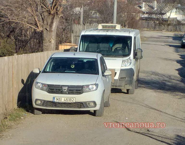 Descoperire șocantă în Bârlad. Un bărbat a fost găsit mort într-o mașina abandonată