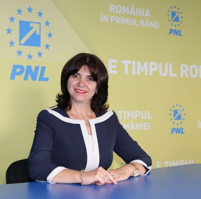 Bugetarul cu cel mai mare salariu din România este dator vândut rudelor! Ovidiu Badea a încasat 35.000 de euro pe lună, dar a fost dat afară!