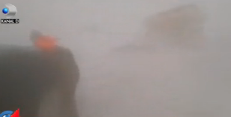 Viscolul pune stăpânire pe România. Multe drumuri naționale au fost deja închise