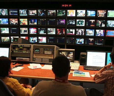 Imagini incitante la Antena 1, în direct. A vrut să îl muște de o zonă sensibilă