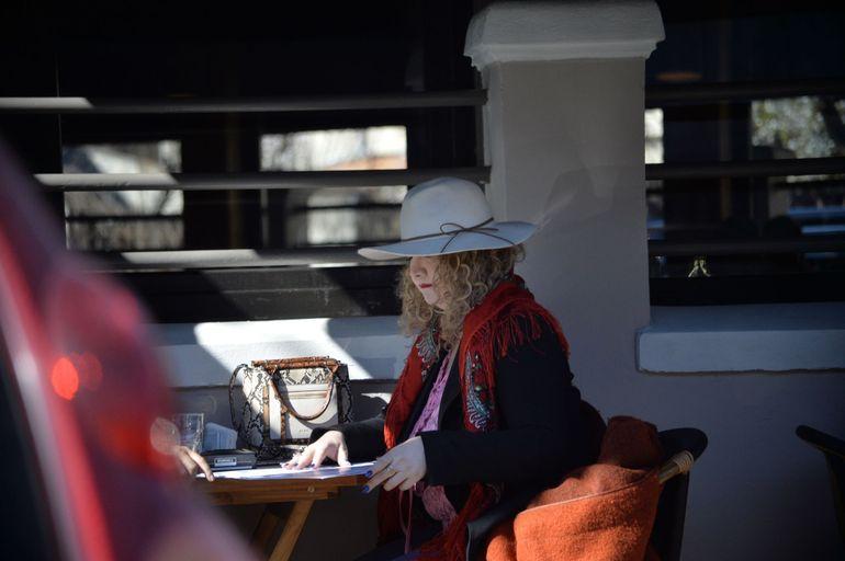 Oana Lis, ultima ieșire la cafea! Epidemia de coronavirus a obligat-o să stea acum în casă cu Viorel Lis EXCLUSIV