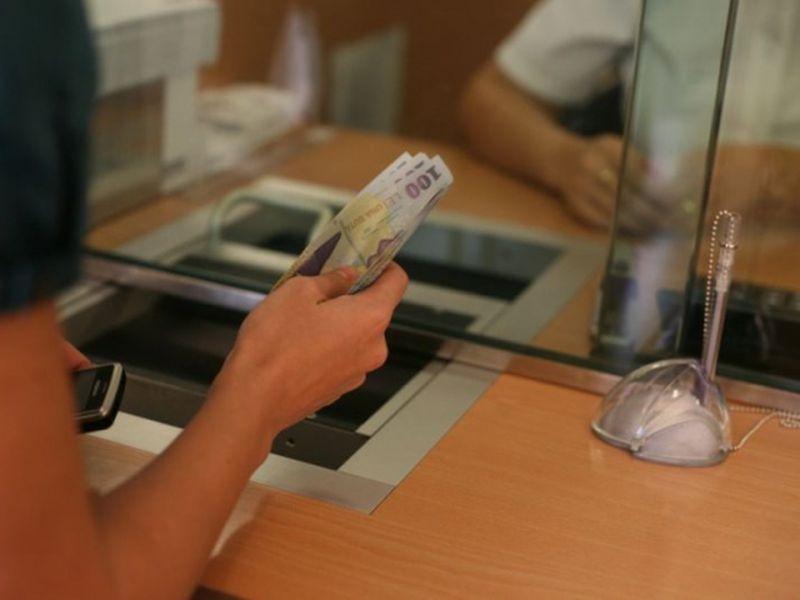 Guvernul pune stop ratelor la bănci. Perioada va fi una lungă