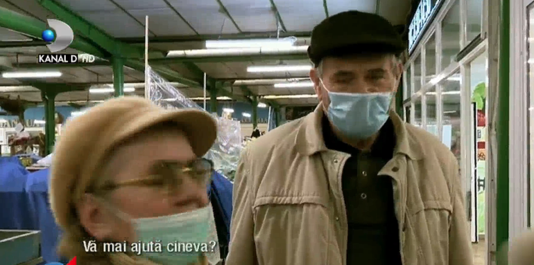 Drama bătrânilor singuri, în plină pandemie de coronavirus! Sunt neajutorați și vulnerabili, dar își riscă viața pentru a-și cumpăra cele necesare supraviețurii