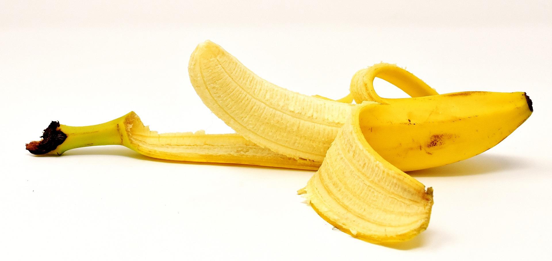 Cand se mananca bananele