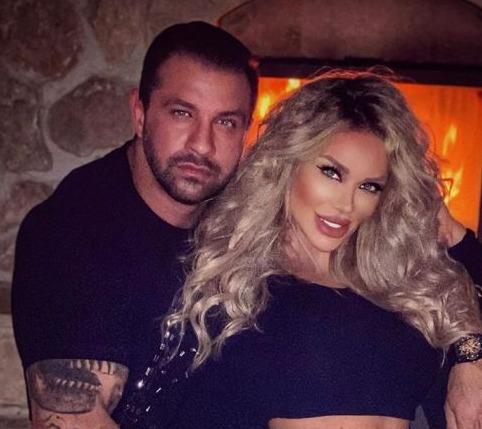 Paradisul în care Bianca Drăgușanu stă în carantină cu Alex Bodi!