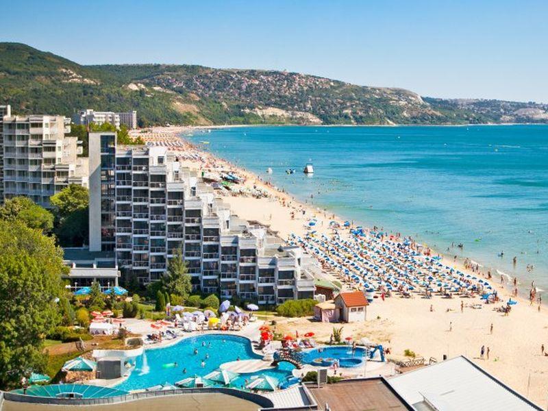 Lovitură pentru hotelierii din România