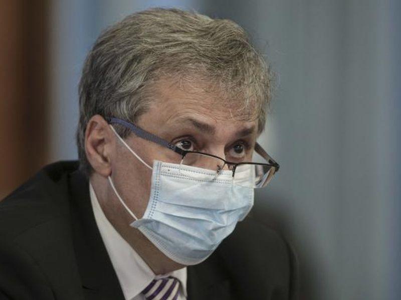 Panică pentru Marcel Vela. Un apropiat al acestuia a fost infectat cu COVID-19. Ce se întâmplă în aceste momente cu ministrul?