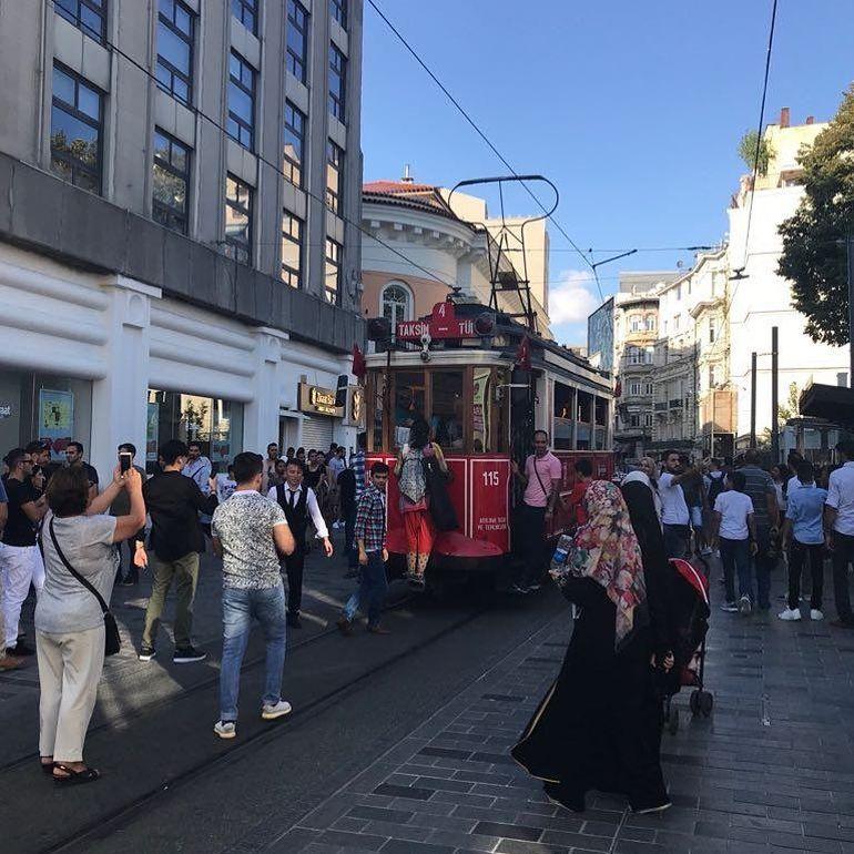 Cum arată acum Taksim, una dintre cele mai aglomerate zone din Istanbul, filmată de concurenții de la Puterea Dragostei