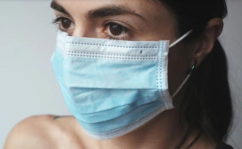 Măşti de protecţie gratuite pentru 2,3 milioane de persoane! Ministrul Sănătăţii, Nelu Tătaru, a făcut anunțul