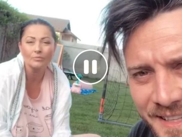Cum a apărut Gabriela Cristea  în live-ul soțului! Aoleu, s-a văzut mai mult decât trebuia!