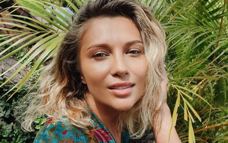 """Din Bali, Lora își desființează fanii: """"Mi-e silă de voi""""! Ieșirea nervoasa a artistei"""