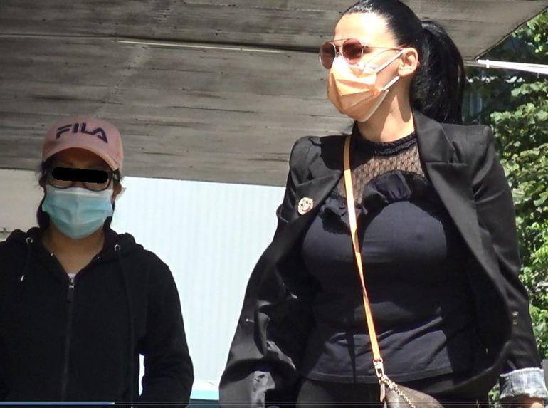 Primele imagini cu Lavinia Pîrva cu silicoane! Soția lui Ștefan Bănică nu mai poartă sutien după operația estetică de mărire a bustului  EXCLUSIV