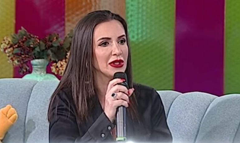 """Mara Bănică, primele declarații după ce a fost cerută de soție: """"Eu am probat acest inel"""""""