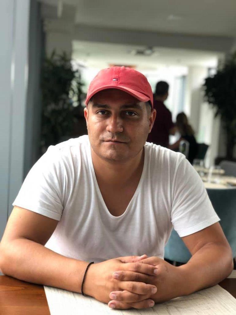 """Ex-""""ginerele"""" lui Becali vinde vinuri românești de lux cu """"foiță de aur""""! Cum a ajuns fiul milionarului Grigoriu să facă afaceri cu stră-nepotul Logofătului Bolgiu"""
