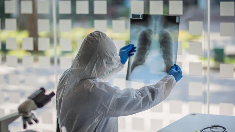 Ce tip de bolnavi provoacă peste 50% din noile cazuri de Covid-19