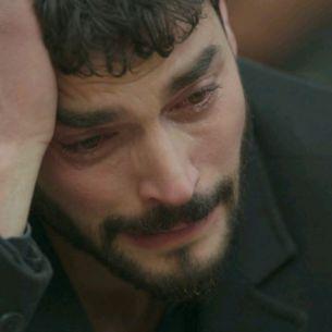"""In aceasta seara, de la ora 20:00, in serialul """"Hercai"""", dubla lovitura pentru Miran!"""