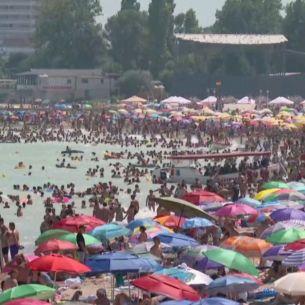 """Duminica aceasta, de la ora 14:30, la """"Asta-i România!"""", litoralul românesc, un imens furnicar!"""