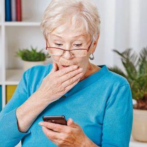 Conversația dintre două bătrâne pe messenger a stârnit hohote de râs în mediul online. Ce și-au spus cele două prietene? Toată lumea a rămas șocată