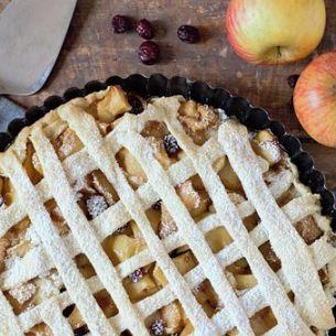 Cea mai simplă plăcintă de mere. Trebuie să pui neapărat aceste mirodenii ca să iasă exact ce trebuie