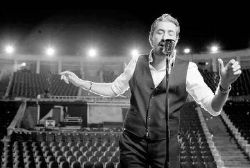 Erkan Petekkaya, aparitie de senzatie in primul lui videoclip! Iata cum arata celebrul actor in postura de cantaret si ce voce incredibila are!