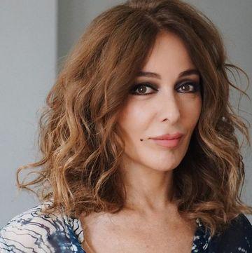 """Zerrin Tekindor (Leyla din """"Dragoste infinita""""), una dintre cele mai indragite actrite din Turcia! Iata ce experienta vasta are in domeniul actoriei si ce alt mare talent ascunde aceasta!"""
