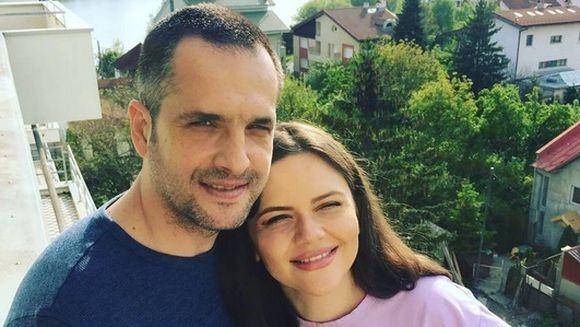 Clipe magice pentru Madalin Ionescu si Cristina Siscanu! Prezentatorul TV, surprins în imagini emotionante alaturi de fiica lui!