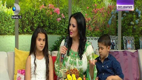 Silvana Riciu, aniversare in doliu! Artista a implinit azi 36 de ani, insa are un gust amar deoarece este prima aniversare fara parintii sai!