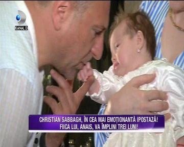 CHRISTIAN SABBAGH, in cea mai emotionanta ipostaza! Iata cat de topit este prezentatorul TV dupa fetita lui si cum se implica in cresterea micutei!