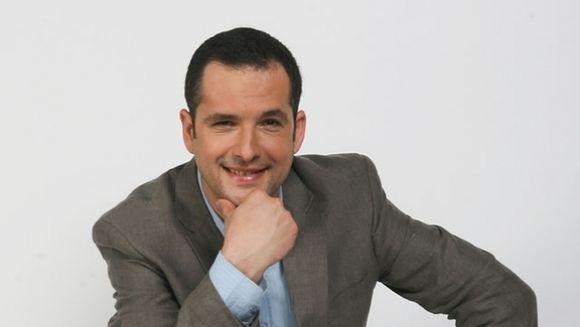 Madalin Ionescu, intins pe jos in platou! Ce s-a intamplat cu prezentatorul TV in direct