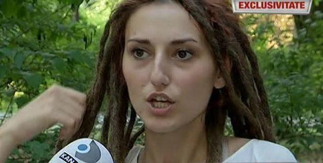 "Iulia Mihut, femeia batuta, strangulata si amenintata cu moartea de sot, a izbucnit in plans: ""Nu imi este indiferet, imi e mila de el, dar nu m-as intoarce niciodata in relatie"""