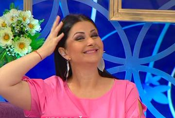 "Gabriela Cristea si-a etalat burtica de graviduta pe litoral! Vezi cum arata prezentatoarea ""Te vreau langa mine""!"