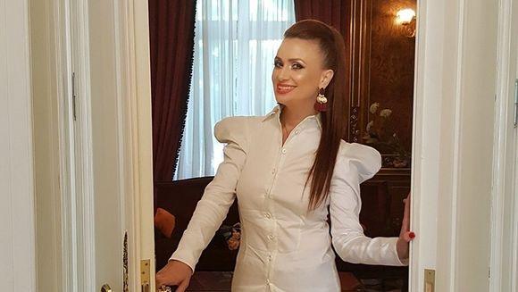 "Incepand din acest weekend, Stirile Kanal D te invita in ""Casa de vedeta"", in fiecare duminica, in cadrul principalului grupaj informativ al zilei!"