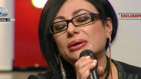 """Cum a reactionat fosta """"soacra"""" a Ioanei Popescu, cand a aflat ca fiul ei o bate fara mila pe jurnalista?"""