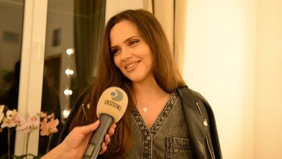Cristina Siscanu e in culmea fericirii: Petra a spus mama! Avem detalii despre petrecerea de botez pe care Madalin Ionescu si sotia sa i-o pregatesc piticei!