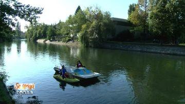 Andreea Mantea şi Mihai Mitoşeru, cursă inedită cu bărcuţele, pe râul Bega