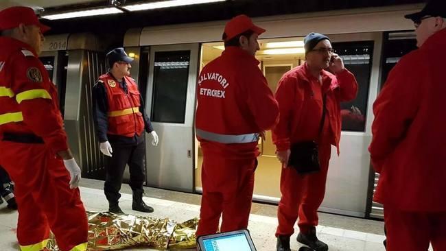 Secretul uluitor al criminalei de la metrou! A hartuit un actor spaniol luni intregi! Iata dezvaluiri halucinante!