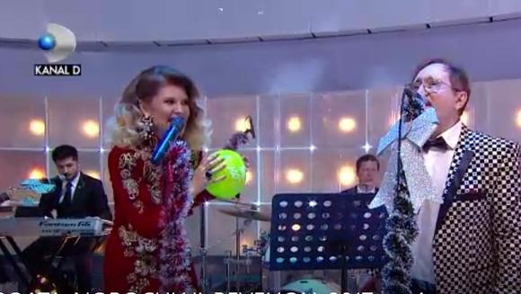 Diana Matei si Cornel Palade au inhalat heliu si au cantat refrenul unei manele celebre! Iata cum s-au descurcat cei doi!
