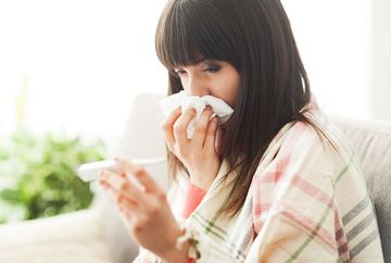 Diferenta dintre raceala si gripa. Cum se manifesta si cum se trateaza fiecare